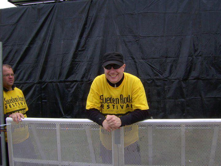 Henrik-Sweden-Rock-2011-stage-security